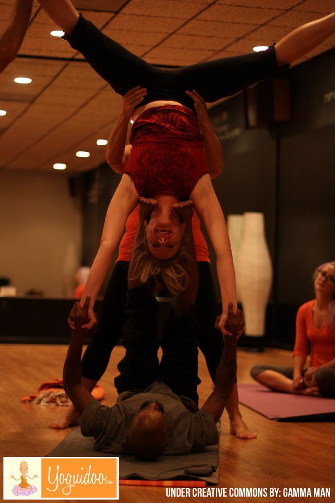 Pareja en practica de Yoga