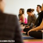 Clase práctica de Mantra Yoga